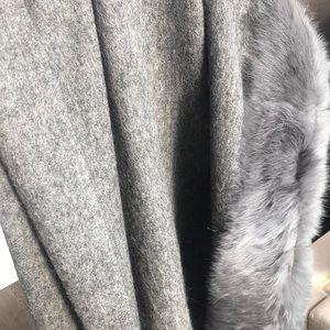 NWOT Cashmere Wool Gray Pashmina Wrap